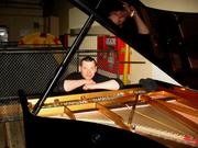 Настройка пианино и роялей,  ремонт и реставрация. Цимбалы,  гитары